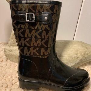 MICHAEL KORS Mid Rain Boot LIKE NEW Size 8